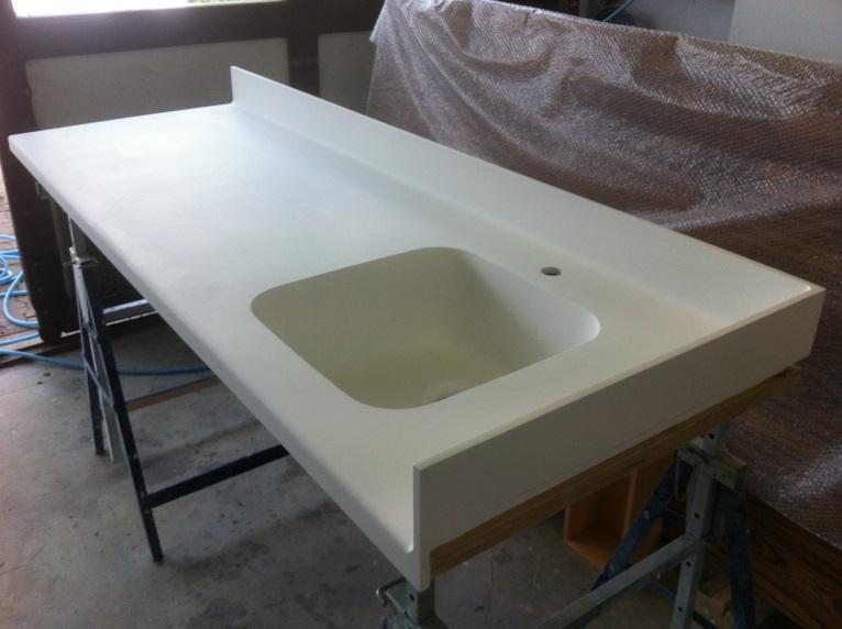 paillasse en b tacryl pour un laboratoire. Black Bedroom Furniture Sets. Home Design Ideas