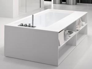 baignoire avec rangements en betacryl
